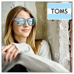 TOMS Chelsea Blue Crystal Sunglasses